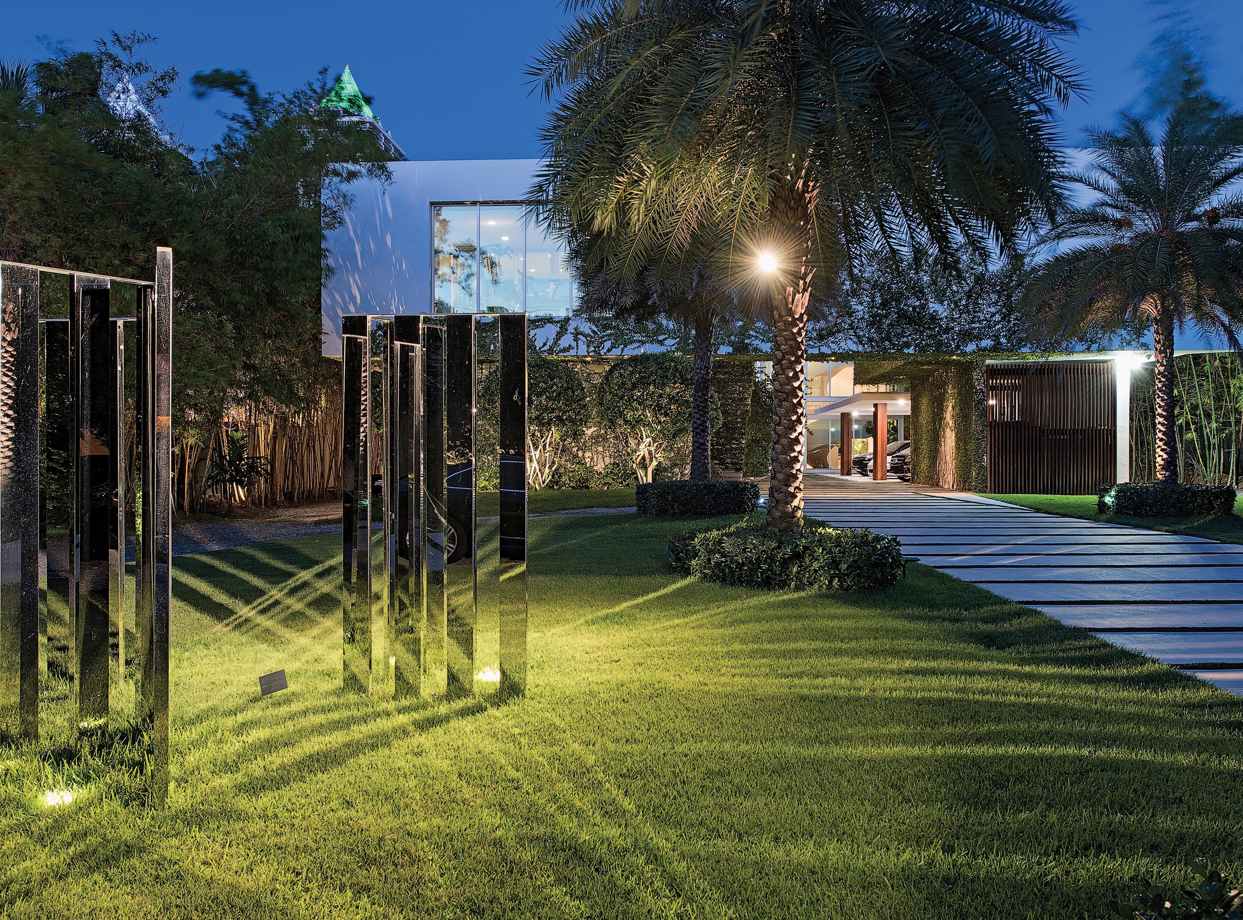 4647 Pine Tree Drive Miami Beach